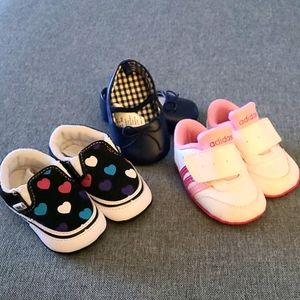 LIKE NEW!! Baby shoes